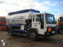 Lastbil tank råolja Volvo FL 619