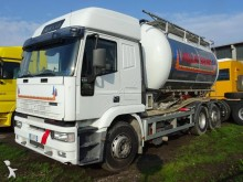 Camion Iveco Eurotech 260E43 cisterna polverulenti usato