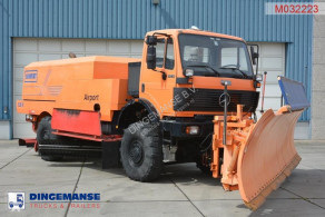 Mercedes snow plough-salt spreader SK 2031