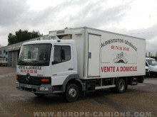 Camion magasin Mercedes Atego 815