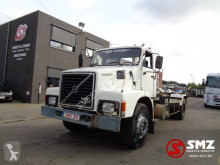 Camion Volvo N10 porte containers occasion