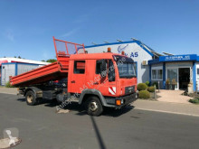 MAN LE 2000 8.220 Dreiseitenkipper 2x AHK truck used three-way side tipper