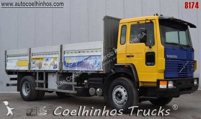 Voir les photos Camion Volvo FS7