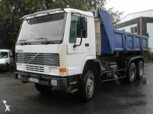 Camion benne Volvo FL10 320
