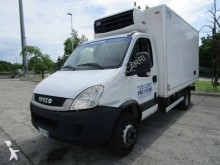 Camion frigo multitemperature usato Iveco Daily 60C15