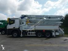 Camion pompe à béton Mercedes Arocs