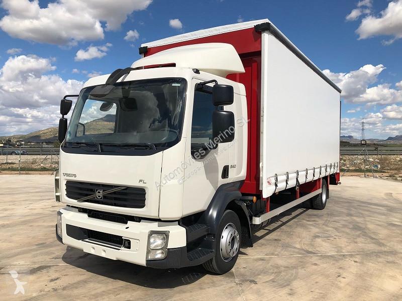 Voir les photos Camion Volvo FL7 240
