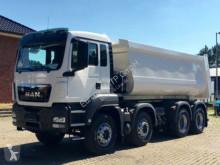 camion MAN 41.400 8x4 / Kipper / EURO 5