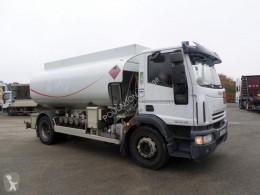 Iveco szénhidrogének tartálykocsi teherautó Eurocargo ML 190 EL 28