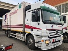 Camion Mercedes Actros isotermico usato