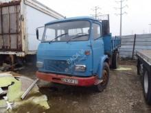 camion plateau Saviem