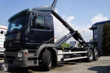 Mercedes hook arm system truck Actros 2532