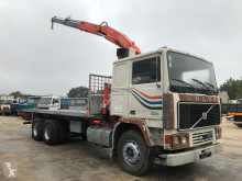 Camion Volvo F12 plateau standard occasion