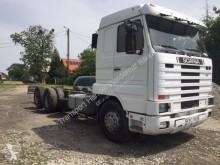 Camión caja abierta Scania 113 360