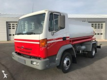 Camion Nissan Atleon 165 citerne hydrocarbures occasion