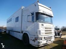 Lastbil hästtransport Scania Véhicules Spéciaux