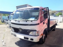 Camion Toyota Dyna 75.38 plateau ridelles occasion