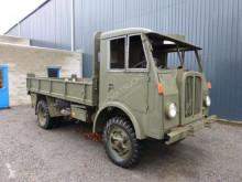 Flatbed truck BERNA / SAURER 2UM