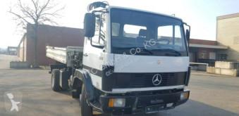 Vrachtwagen Mercedes 914 Kipper mit Kran German Truck tweedehands driezijdige kipper