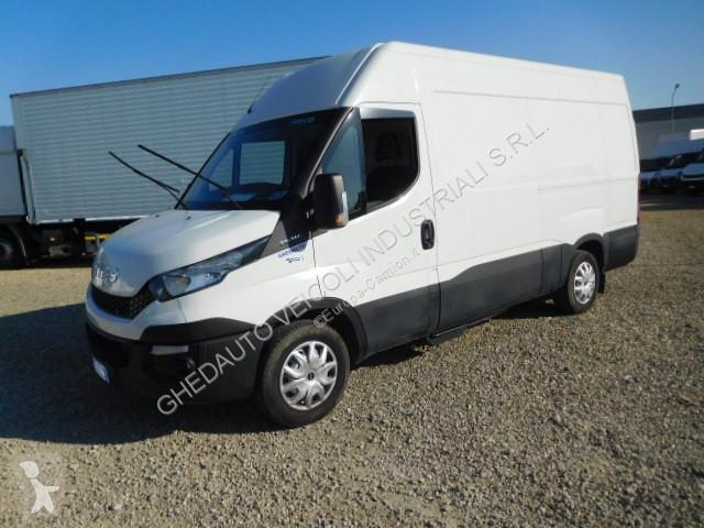 Voir les photos Camion Iveco Daily 35S14