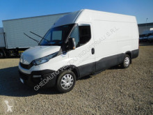 Iveco box truck Daily 35S14
