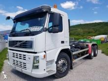 Camion polybenne Volvo FM12 400