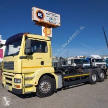 MAN hook arm system truck 26.480