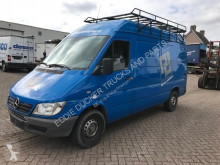Mercedes box truck Sprinter