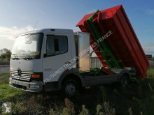 Camion Mercedes Atego portacontainers usato