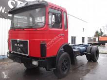 camion MAN 25-304 V8