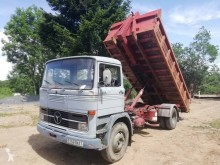Camion polybenne Mercedes 1113