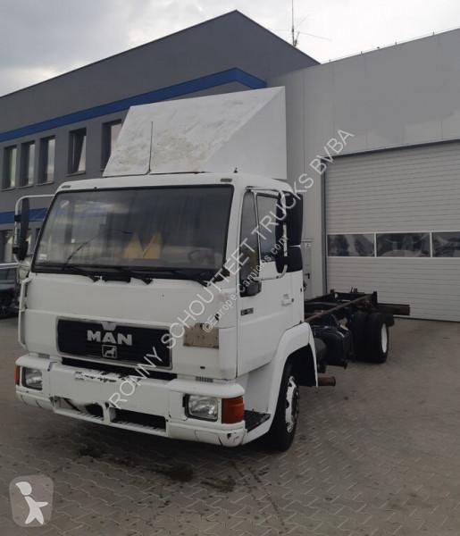 Voir les photos Camion MAN L2000 4x2
