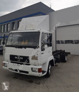 Camion châssis occasion MAN L2000 4x2