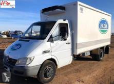 камион nc MERCEDES-BENZ - 616 CDI pour pièces détachées