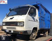 vrachtwagen veewagen Ebro