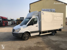 Mercedes Sprinter 516 truck used refrigerated