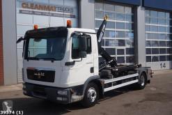 Camión MAN TGL 12.250 Gancho portacontenedor usado