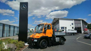 Camion platformă si obloane Unimog U300 UNIMOG U300 4x4