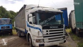 Scania ponyvával felszerelt plató teherautó 310