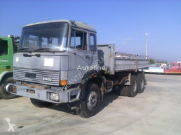 Camion Iveco 330.35 plateau occasion