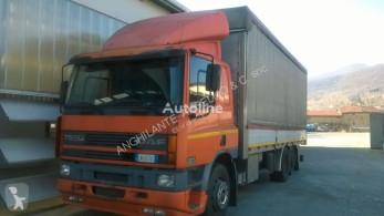 Camion savoyarde DAF CF 75.290