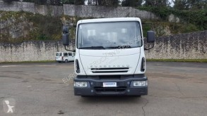 Camião Iveco Eurocargo 120 E 28 tector estrado / caixa aberta caixa aberta usado