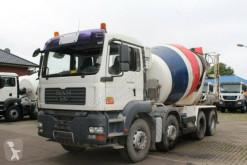 camion MAN TGA 32400 8X4 9m³