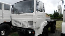 Camion Renault TRM 2000 plateau standard occasion