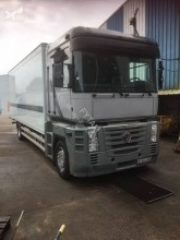 Camion fourgon occasion Renault Magnum 460.19 DXI