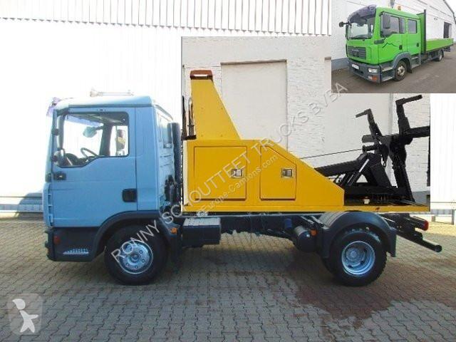 Voir les photos Camion MAN TGL 8.180  4x2 BB  8.180 4x2 BB, Falcom Hubbrille FAW 3000, teleskopierbar