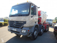 Camion calcestruzzo rotore / Mescolatore Mercedes Actros 3236
