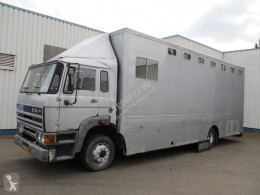 Ciężarówka do transportu koni DAF 1700