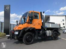 Vrachtwagen Unimog U300 Mercedes-Benz U300 4x4 tweedehands platte bak boorden