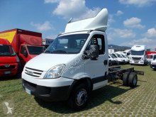 Camion châssis occasion Iveco Daily 65C18